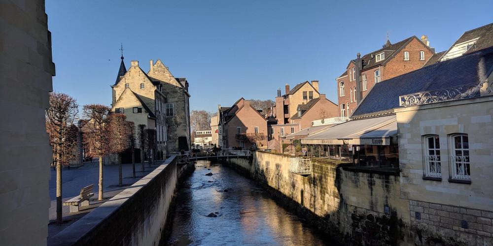 Фото Валкенбург, Северный Брабант, Лимбург (Эйндховен, Маастрихт), Нидерланды