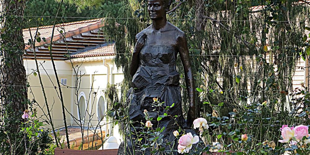 Monte Carlo: Princess Grace statues, Монако, Монако
