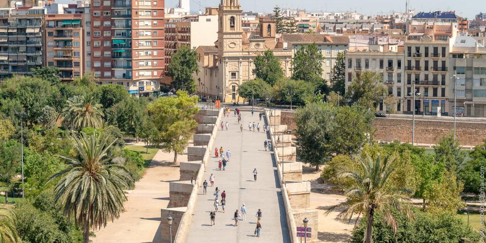 Валенсия Мост Серранос, Валенсия (Аликанте, Валенсия, Кастельон, Эльче), Испания