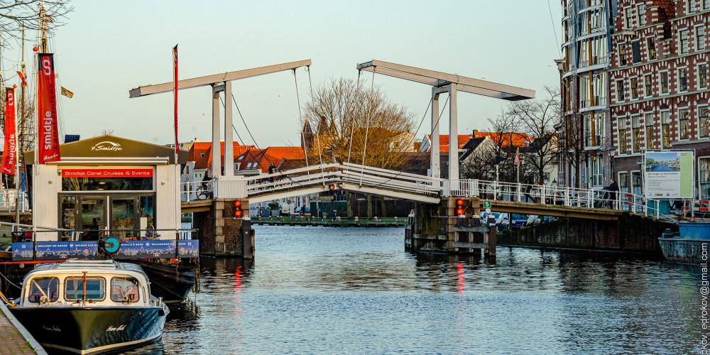Харлем: Gravestenenbrug, Центр и Запад (Амстердам, Роттердам, Утрехт, Алмере), Нидерланды