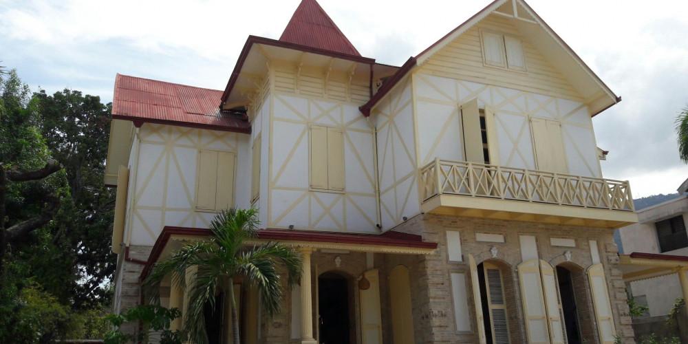 Port-au-Prince: Maison Dufort, Юг (Порт-о-Пренс, Жереми, Жакмель, Ле-Ке), Гаити