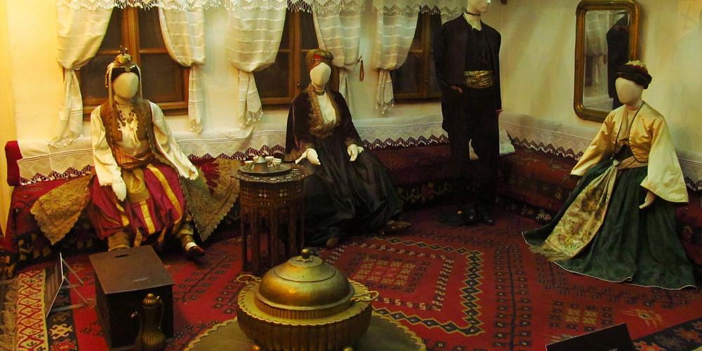 Belgrade: Ethnographic Museum, Белград, Запад (Новый Пазар, Крагуевац, Чачак, Кралево, Ужице), Сербия