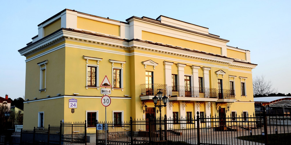 Минск: Дом Ваньковичей, Центральный и Северо-Восточный (Минск, Витебск, Орша), Беларусь