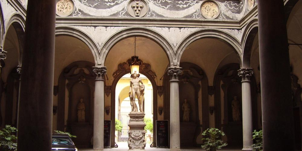 Флоренция: Палаццо Медичи-Риккарди, Тоскана (Флоренция, Пиза, Сиена, Прато, Ливорно, Ареццо), Италия