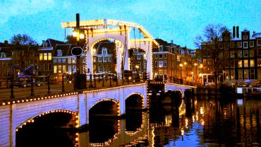 Места, где стоит побывать в Амстердаме