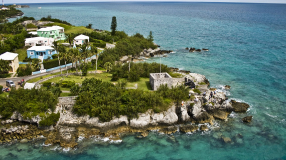 Вода на Бермудских Островах