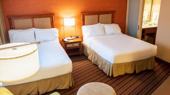 Как проверить наличие клопов в отелях